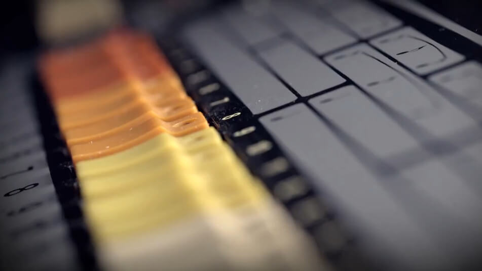 """2f70466fc3e77d55f0ca29b565144e70 """"Roland TR-808""""のドキュメンタリー映画「Planet Rock and Other Tales of the 808」が2013年に公開決定! 動画"""