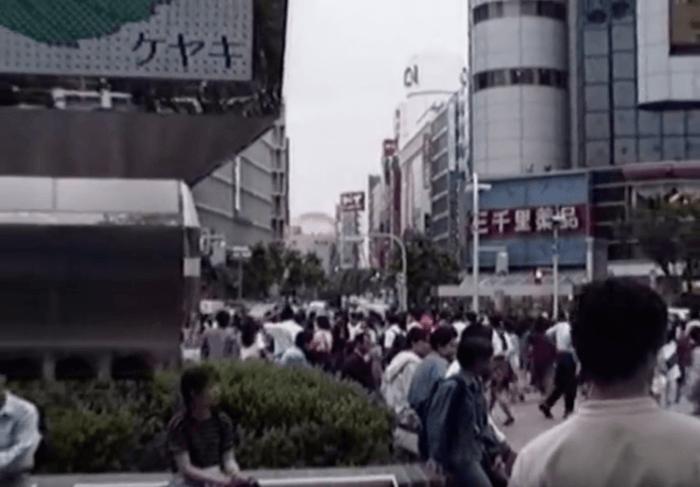 Shibuya07-700x487 【動画】1990年代の渋谷駅を散策 夜のハチ公広場から今は無き東横線まで 動画